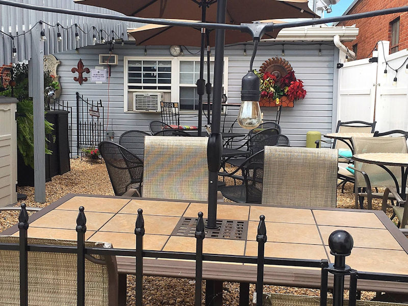 Patio Dining at Gathering Grounds Cafe in Luray VA